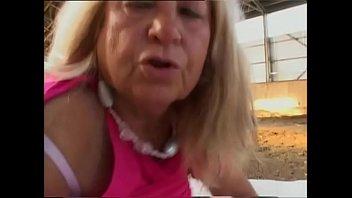 Порно ролики два брата трахают сестричку просматривать онлайн на 1порно