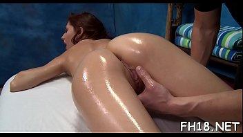 Девчоночки балдеют от профессионального эротического массажа
